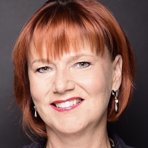 Yvonne Simon